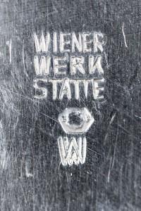 Schröder_Ehrenfest_Wiener_Werkstätte_brooch_silver_vienna_1900_bel_etage