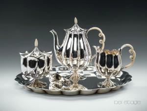 Josef_Hoffmann_Wiener_Werkstätte_silver_teaset_vienna_1900_bel_etage