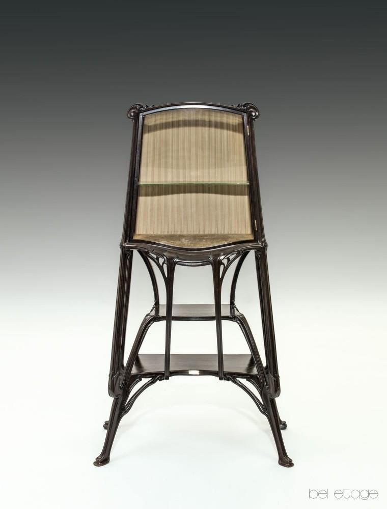 vitrine-fuer-die-weltausstellung-in-paris-1900_f